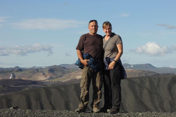 Wir steigen auf den Krater Hverfiall