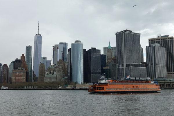 Der Südzipfel von Manhattan vom Wasser aus