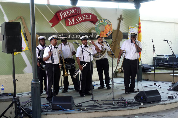 Live am French Market