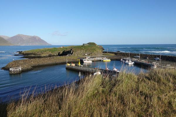 Der kleine Hafen von Borgarfjördur/Bakkagerdi