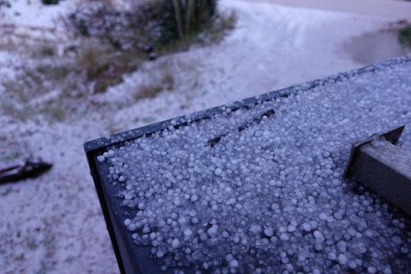 Alles ist Stein und Bein gefroren am Morgen