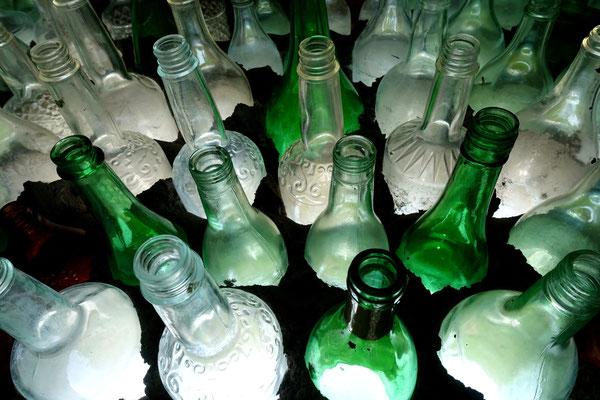 ...aus Flaschen gebaut