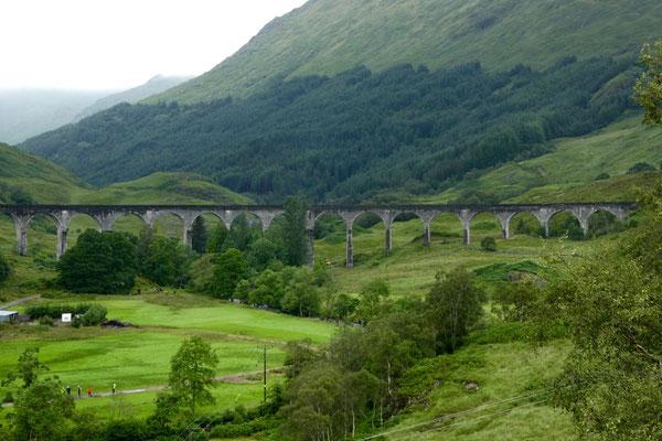 ...und dem berühmten Viadukt