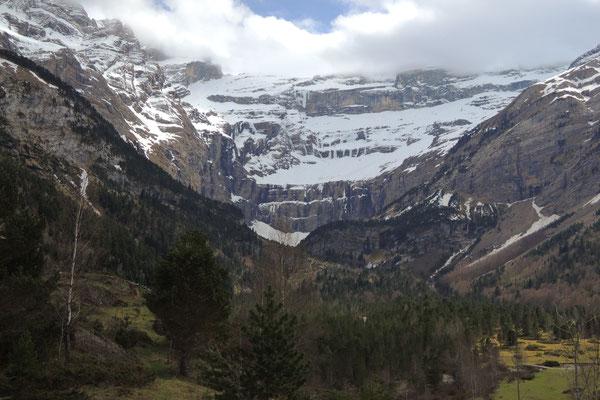 Der eindrückliche Bergkessel von Gavarnie