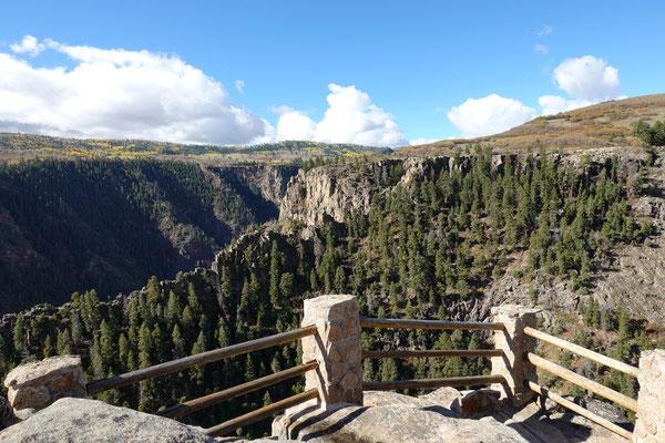 Entlang des Gunnison-Canyons