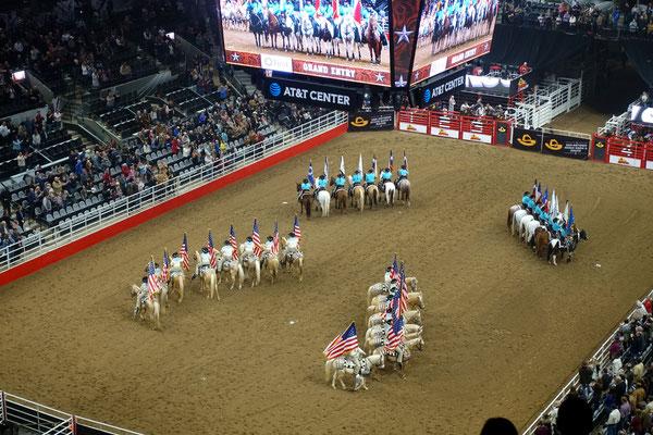 Das Rodeo wird eröffnet