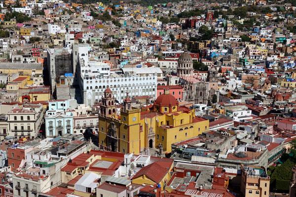Eine farbenfrohe Stadt
