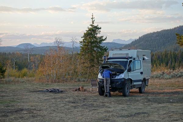 Fahrzeugcheck am frühen Morgen...jetzt gehts in den Yellowstone!