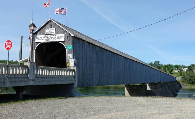 Die längste gedeckte Holzbrücke