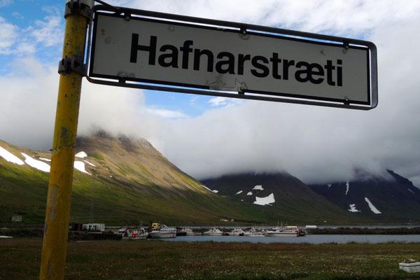 Hauptstrasse in Flateyri