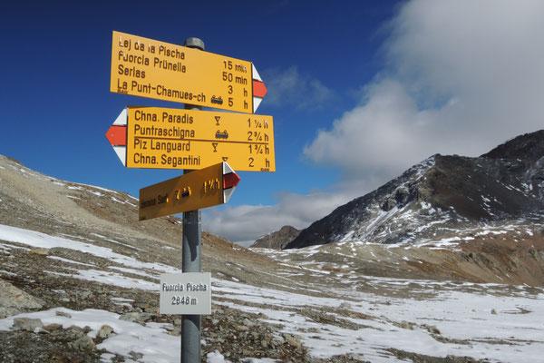 ...zur Bernina Passstrasse