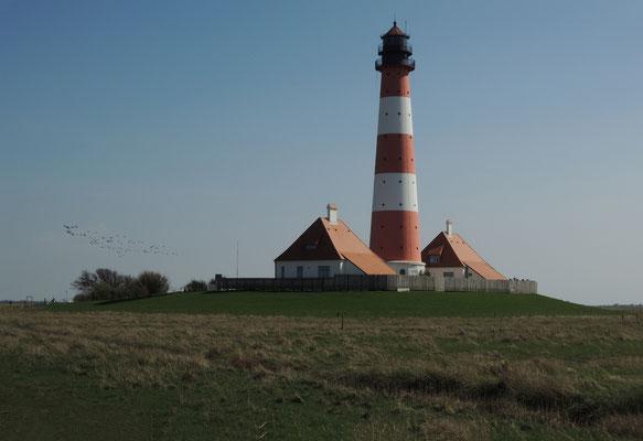 Ein Leuchtturm wie aus dem Bilderbuch