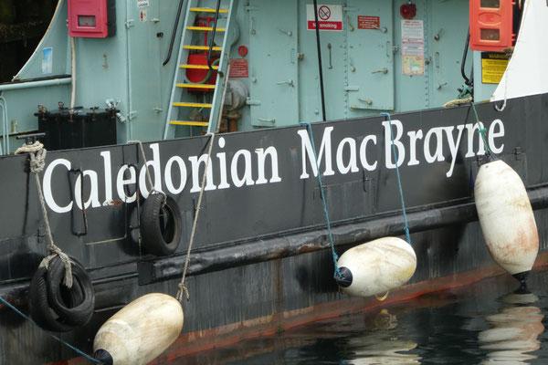 ...und mit der Caledonia Mac Brayne...