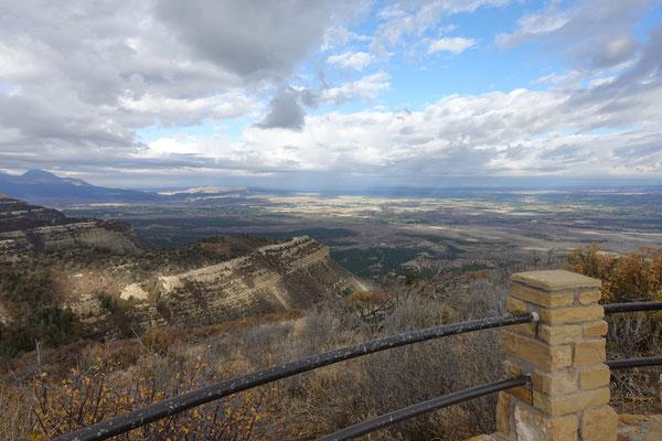 """Weiter Blick vom Tafelberg in """"Mesa Verde"""""""