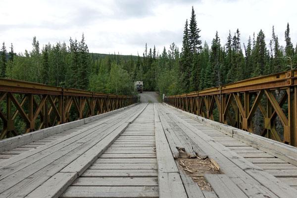 Jaja, die Brücke hält!
