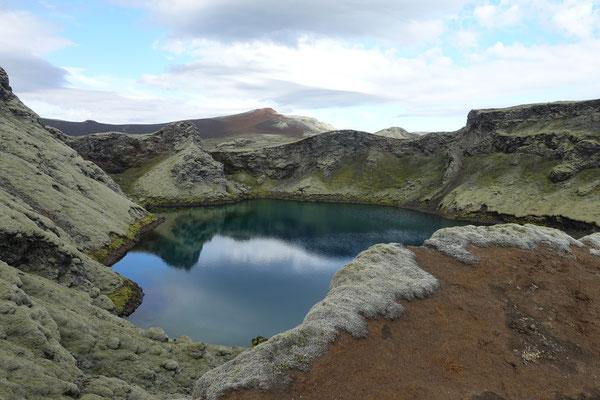 ...kleinen Kratersee