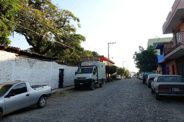 Unser Parkplatz neben dem Hinterhof