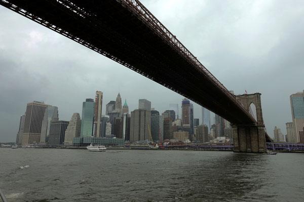 Unter sieben Brücken musst du fahrn...