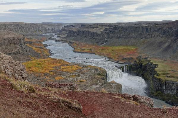 Blick in die Schlucht zum Hafragilsfoss