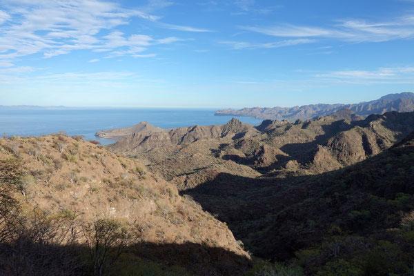 Über die Berge geht es nach Agua Verde