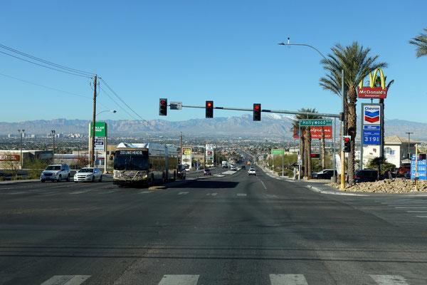 Es geht ins Gewühl, Richtung Downtown Las Vegas...