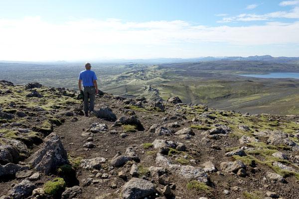 Toller Blick von oben über die Kraterreihe und rundherum