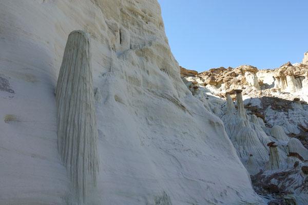 Weisse Säulen