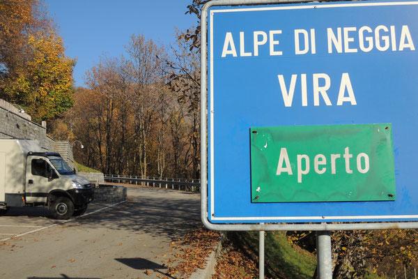Über die Alpe Neggia Richtung Luino