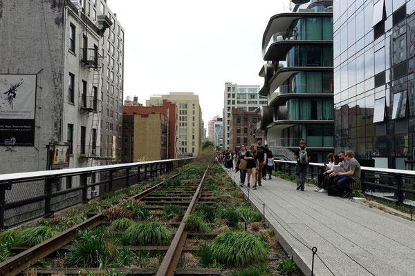 Zurück in New York schlendern wir auf der High Line