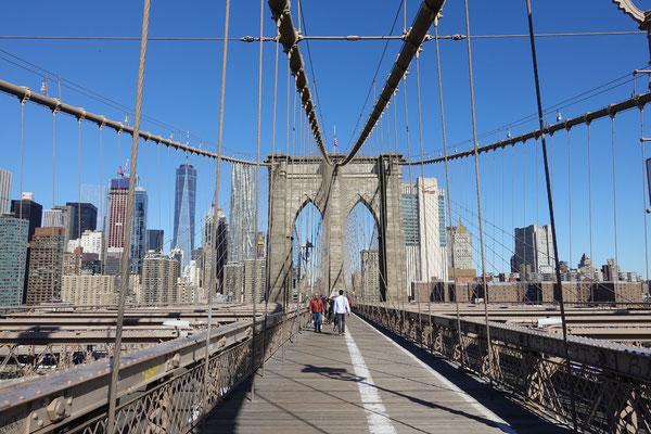 ...über die Brooklyn Bridge! Dann sagen wir entgültig Bye Bye USA...