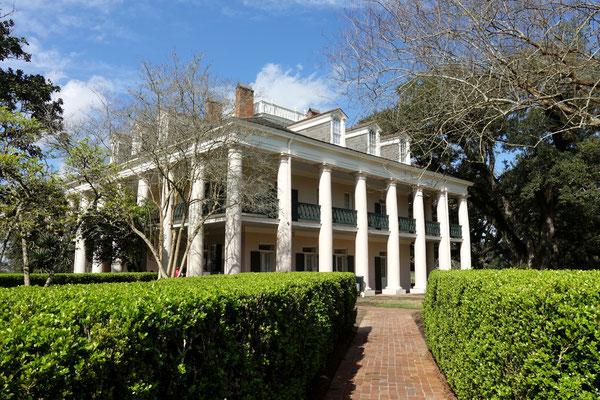 """Das Herrenhaus auf der """"Oak Alley"""" Plantage"""