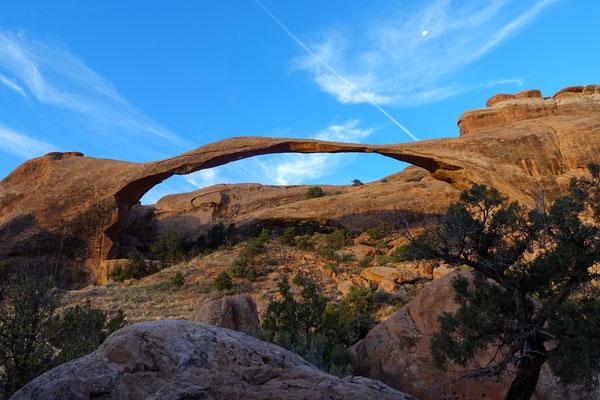 ...gibt es viel zu entdecken: der schöne, fragile Landscape Arch