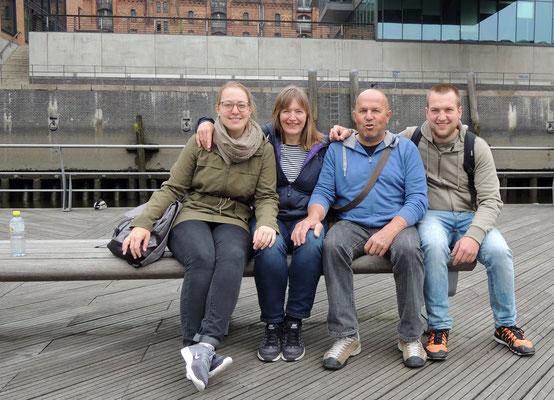 Wir geniessen die schönen Tage in Hamburg :-)