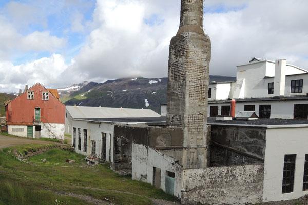 Wir besichtigen die alte Heringsfabrik