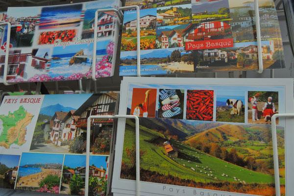 Postkarten warten aufs Verschicken