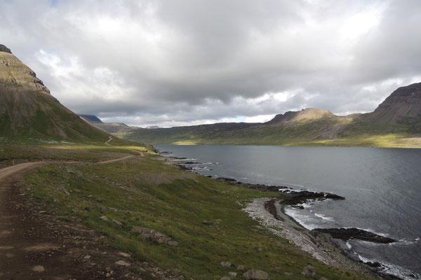 Einsame Fjordwelt