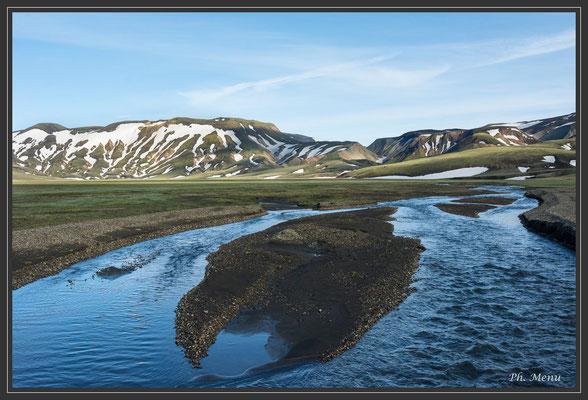 Landmannalaugar, de nombreux gués à traverser