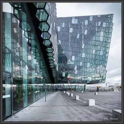 Ce bâtiment exceptionnel a plus de 10 000 vitres