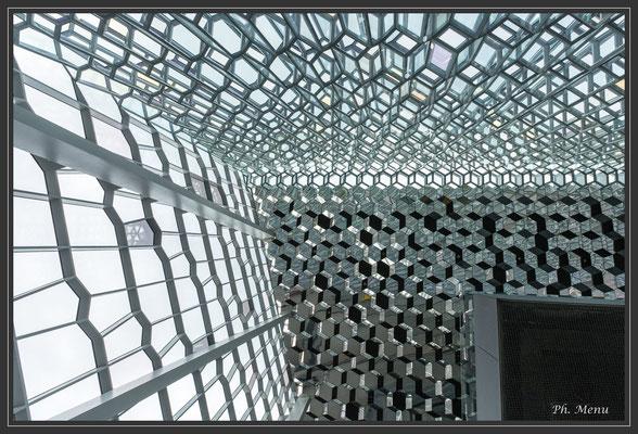 Une partie du plafond