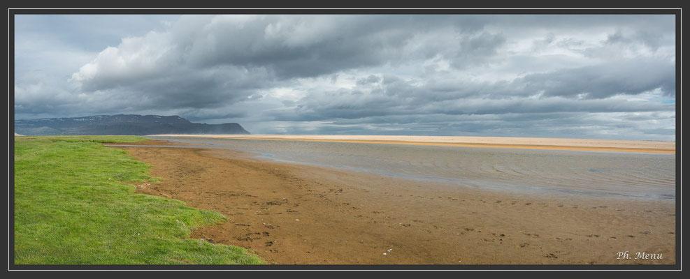 Rauöisandur, plage de sable rosé de 10 km : une splendeur !