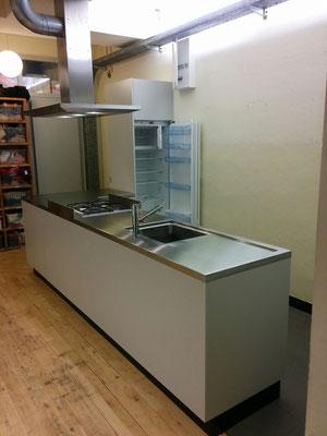 Küche für Kinderkrippe Kochfeld Kinderschutz