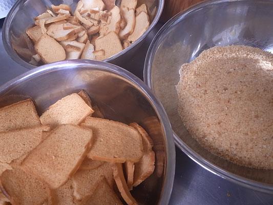 グルテンフリー米粉ぱん サクサクに焼き上げました