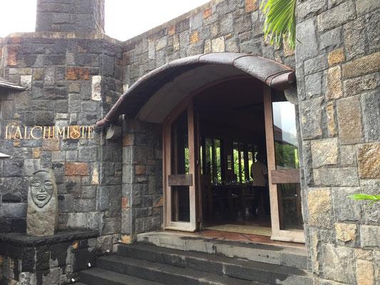 la RHUMERIE DE CHAMAREL VISITE TOURISTIQUE site à voir à L'île MAURICE