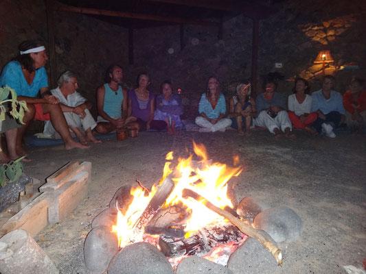 Lagerfeuer auf Amatista