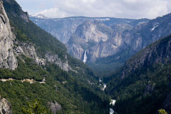 View of Yosemite Valley from Hwy 108