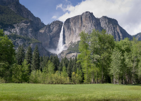 Upper Yosemite Falls-1430 ft  drop