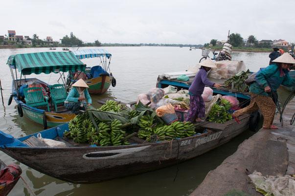Banana Boat, Hoi An Vietnam