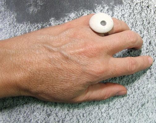 bague céramique raku blanche