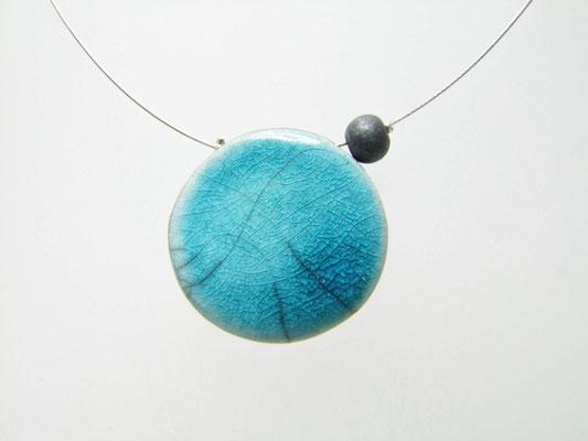 acceder à la fiche détaillée du collier raku bleu