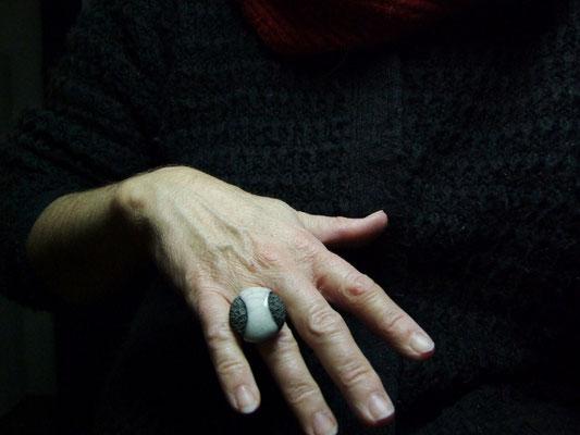 bague artisanale en poterie